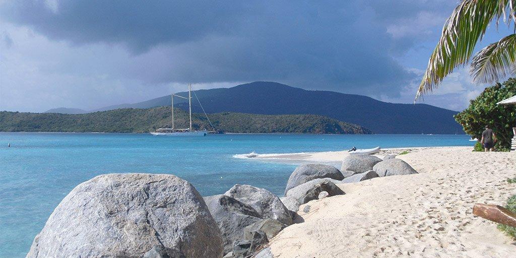 caribbean-sws-sailing-uitzicht-op-chronos.jpg