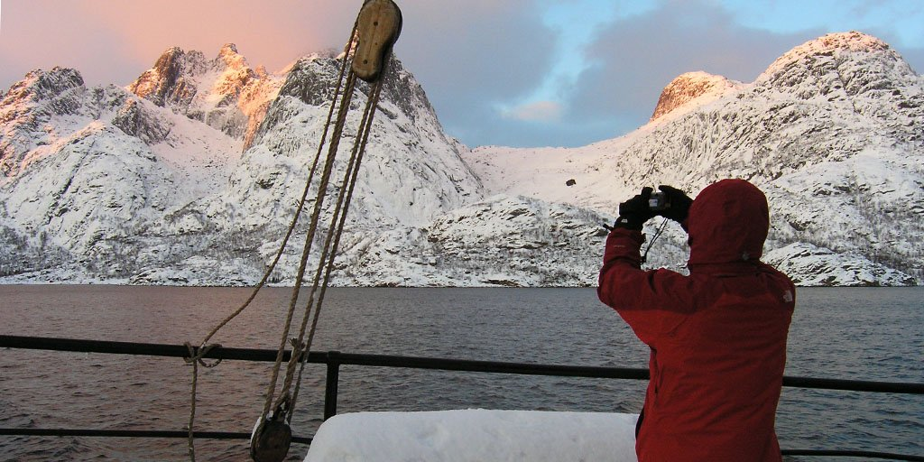noorderlicht, lofoten, north norway sailing © jan belgers-oceanwide expeditions_jan belgers-oceanwide expeditions.jpg