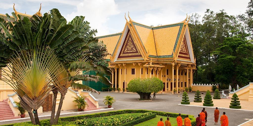 iki-travels-cambodja.jpg
