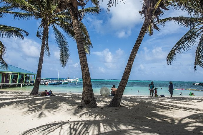 Unico Belize